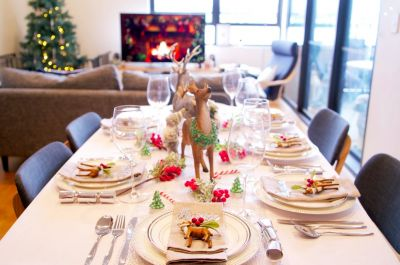 Top tips for decorating the Christmas table